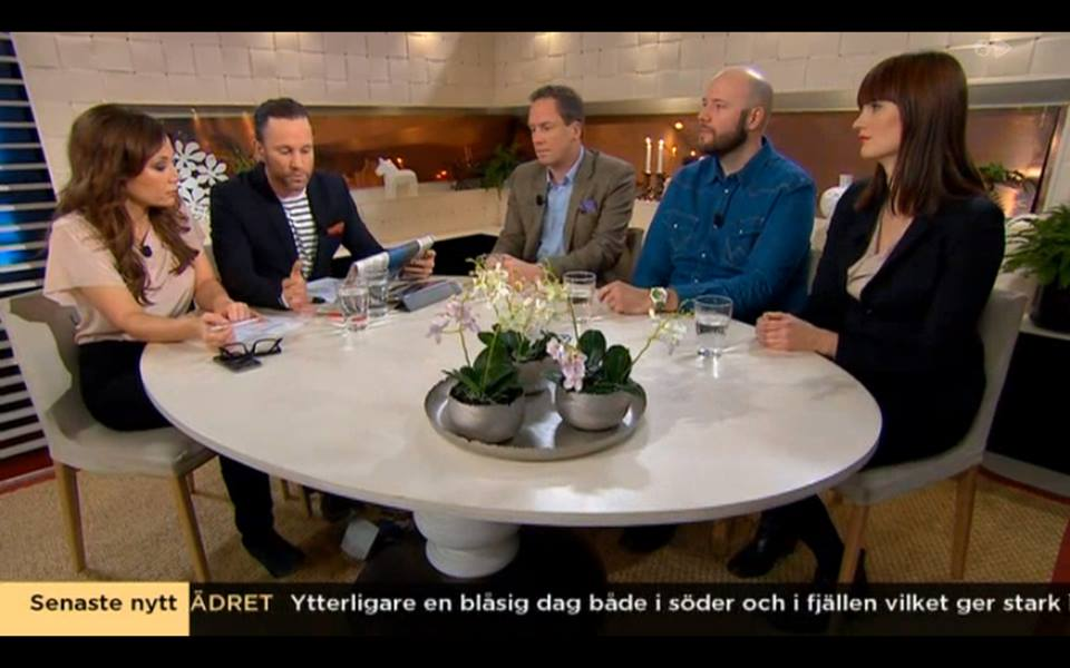 Fredrik Segerfeldt, Fredrik Wass och Yonna Waltersson, gäster i Nyhetsmorgon