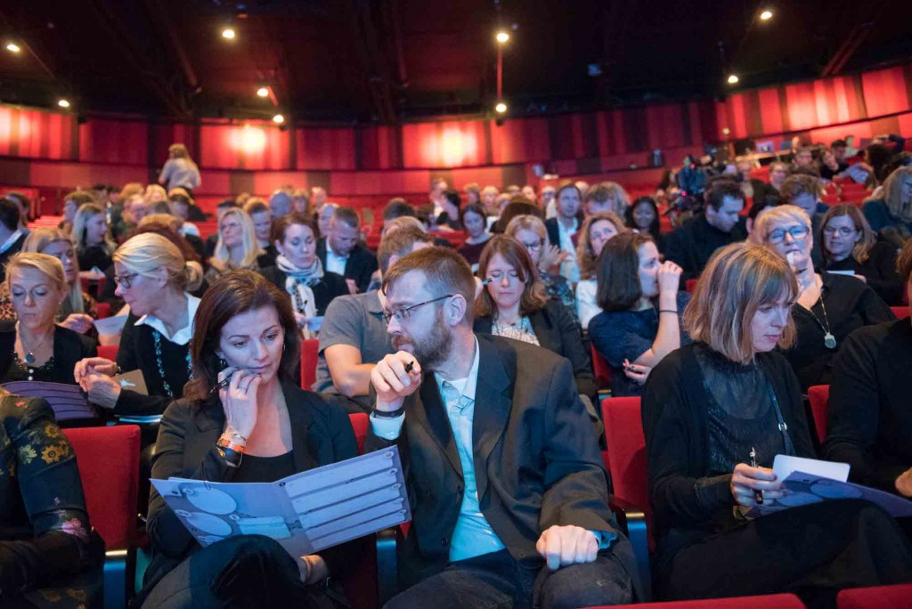 Publiken genomförde en workshop som gav 60 nya idéer för branschen. Under ledning av Fantastic Studios. Foto: Anette Persson.